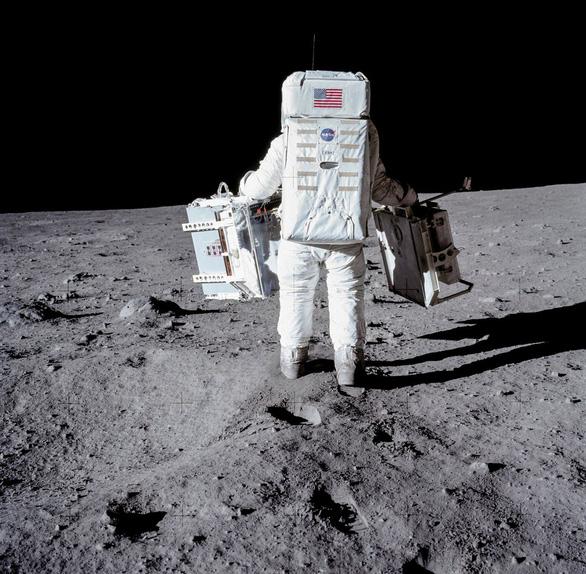 Những hình ảnh chưa từng công bố về sứ mệnh Apollo 11 - Ảnh 2.
