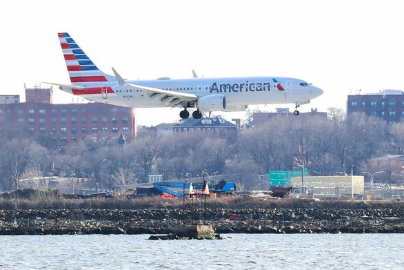 Boeing thừa nhận thiệt hại hơn 5 tỉ đô - Ảnh 1.