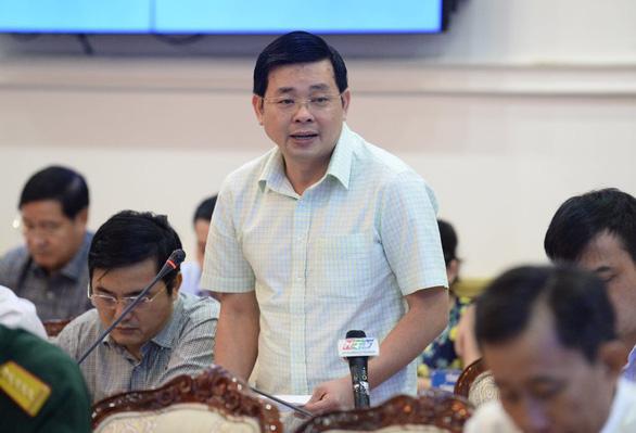 Chủ tịch Nguyễn Thành Phong: Chuyển đổi công nghệ xử lý rác quá chậm - Ảnh 2.