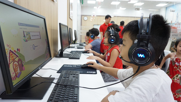 Ứng dụng công nghệ vào giảng dạy tiếng Anh trong thời đại 4.0 - Ảnh 1.