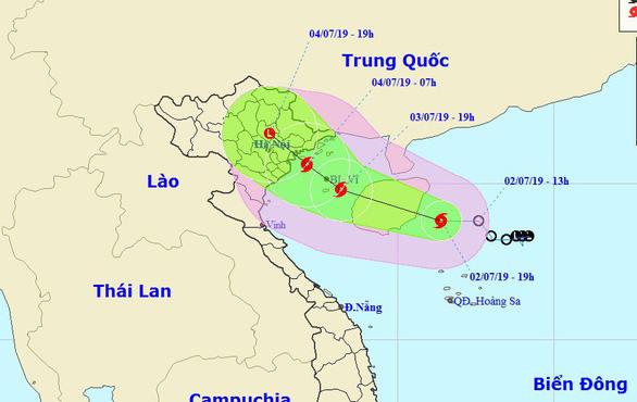 Áp thấp mạnh thành bão, cách đất liền Quảng Ninh - Hải Phòng 500km - Ảnh 1.