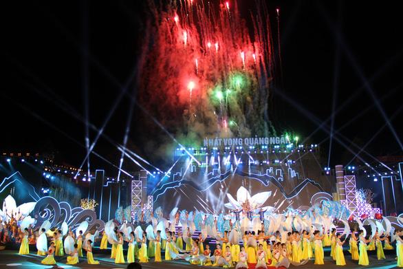 Quảng Ngãi đón nhận Huân chương Độc lập hạng nhất - Ảnh 2.