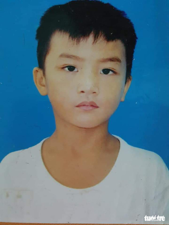 Người cha nghèo 4 tháng ròng rã tìm con trai 8 tuổi lạc giữa Sài Gòn - Ảnh 3.
