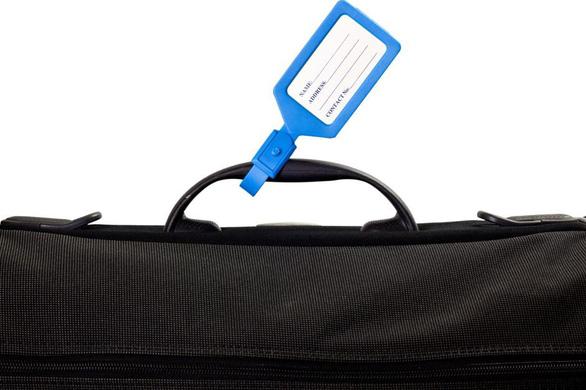 Đừng bao giờ viết địa chỉ nhà trên thẻ đeo hành lý! - Ảnh 1.