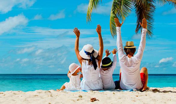 Chia sẻ mẹo hay khi đặt tour du lịch cho gia đình - Ảnh 1.