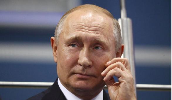 Ông Putin hủy lịch làm việc, họp khẩn với Bộ trưởng Quốc phòng Shoigu