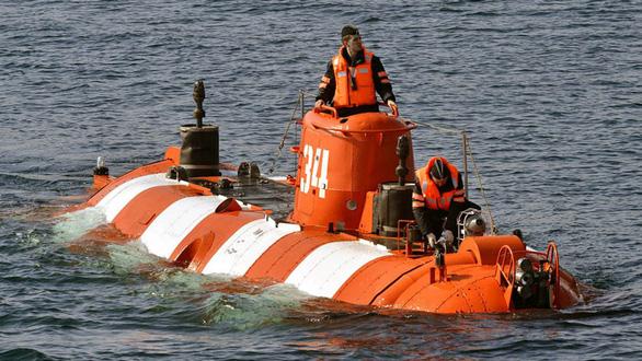 Cháy tàu lặn quân sự Nga, 14 thủy thủ thiệt mạng - Ảnh 1.