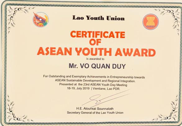 Võ Quân Duy nhận Giải thưởng thanh niên Asean xuất sắc năm 2019 - Ảnh 1.
