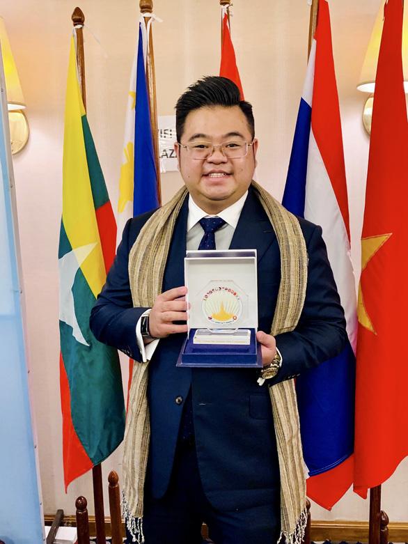 Võ Quân Duy nhận Giải thưởng thanh niên Asean xuất sắc năm 2019 - Ảnh 2.
