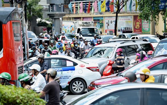 Thu phí vào trung tâm để giảm kẹt xe: Có giảm được không? - Ảnh 1.