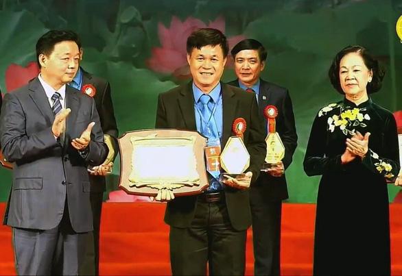 Tổng bí thư, Chủ tịch nước Nguyễn Phú Trọng gặp gỡ 100 cán bộ công đoàn tiêu biểu - Ảnh 3.