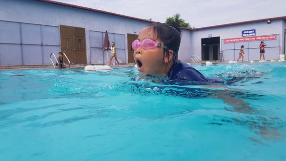 Học bơi để tự cứu mình, cứu người - Ảnh 4.