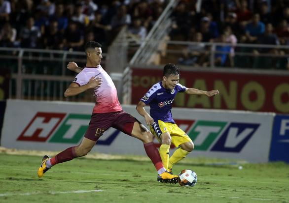 Quang Hải ghi bàn, Hà Nội thắng Sài Gòn 4-1 - Ảnh 2.