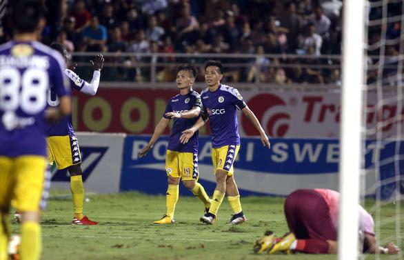 Quang Hải ghi bàn, Hà Nội thắng Sài Gòn 4-1 - Ảnh 3.
