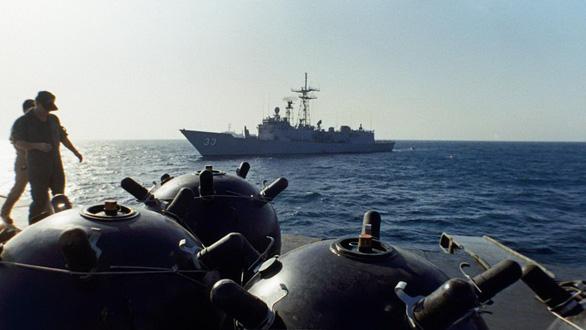 40 năm đối đầu Mỹ - Iran (1979 - 2019) - Kỳ 2: Cuộc chiến đánh tàu chở dầu - Ảnh 1.