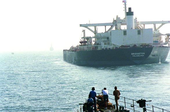 40 năm đối đầu Mỹ - Iran (1979 - 2019) - Kỳ 2: Cuộc chiến đánh tàu chở dầu - Ảnh 4.