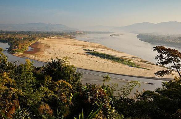 Nước sông Mekong ở Thái xuống mức thấp nhất trong trăm năm qua - Ảnh 2.
