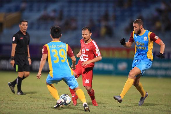 Sân Hàng Đẫy: Thua Viettel 0-2, Sanna Khánh Hòa chìm sâu nơi đáy bảng - Ảnh 2.