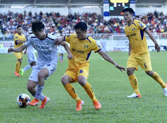 Sân Pleiku: Văn Toàn, Tuấn Anh, Minh Vương tỏa sáng - Ảnh 3.