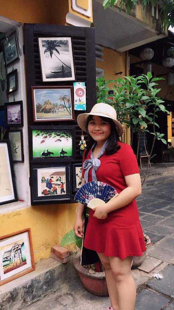 Nữ sinh đạt 27/30 điểm NV1 vào ĐH Duy Tân chuyên ngành du lịch - Ảnh 1.