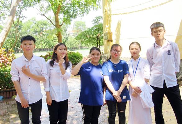 Nữ sinh đạt 27/30 điểm NV1 vào ĐH Duy Tân chuyên ngành du lịch - Ảnh 2.
