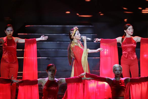 Giọng hát Việt 2019 - mùa giải 'màu mè nhất gọi tên Hoàng Đức Thịnh - Ảnh 7.