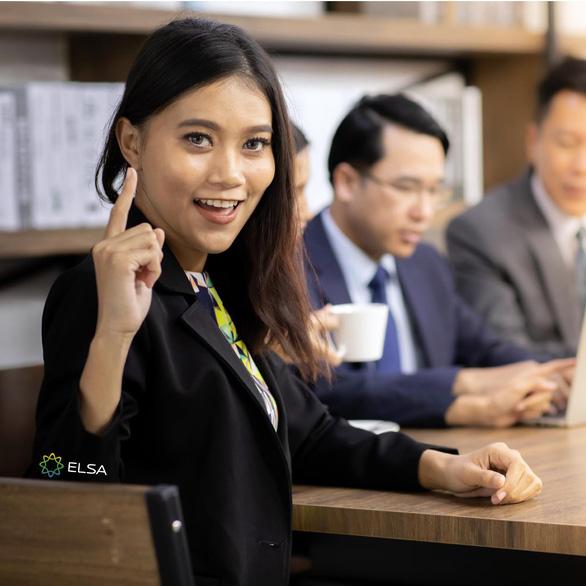 ELSA Speak ra mắt tính năng dành cho trường học và doanh nghiệp - Ảnh 2.