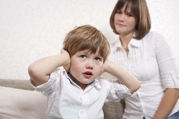 Khoa học mách cha mẹ cách để con nghe theo ý mình - Ảnh 1.
