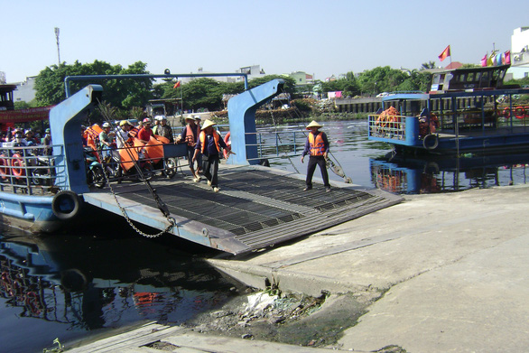 TP.HCM xây cầu sắt thay bến phà An Phú Đông - Ảnh 1.