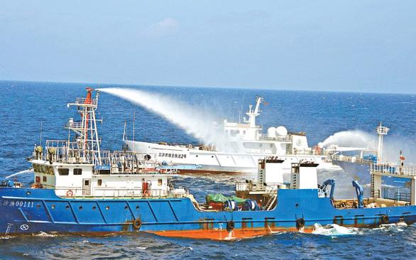 Nhận diện chiến lược vùng xám của Trung Quốc ở Biển Đông - Ảnh 3.