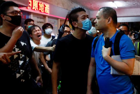 Bắc Kinh nhắn Mỹ nên 'rút bàn tay đen đúa' khỏi Hong Kong - Ảnh 2.
