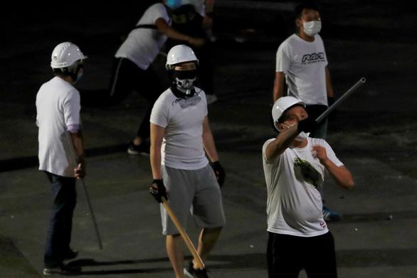 Bắc Kinh nhắn Mỹ nên 'rút bàn tay đen đúa' khỏi Hong Kong - Ảnh 3.