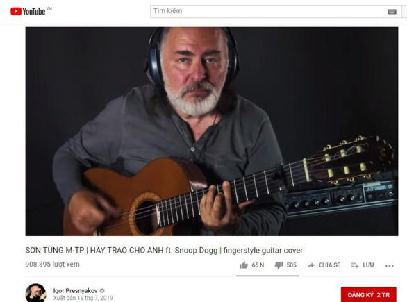 Tay guitar Nga gây sốt khi cover nhạc Sơn Tùng