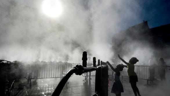 Thế giới trải qua tháng 6 nóng nhất trong 140 năm - Ảnh 1.
