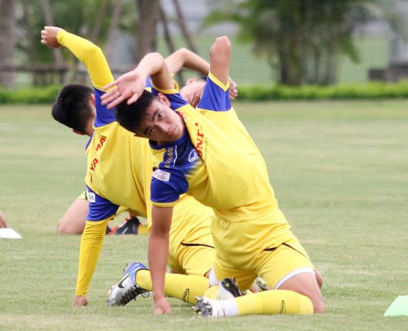 U22 Việt Nam tập dượt buổi cuối trước trận đấu với CLB Viettel - Ảnh 1.