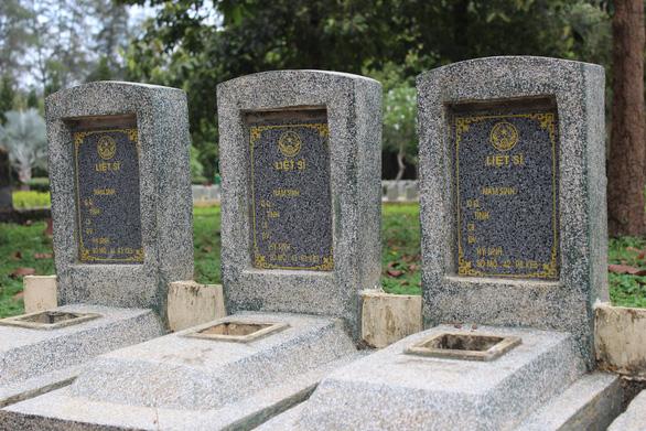 Trở về đất mẹ - Kỳ 1: Nghĩa trang liệt sĩ nơi biên giới Tây Nam - Ảnh 1.