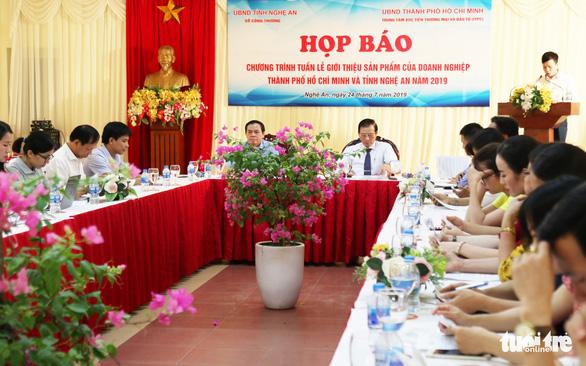 200 gian hàng giới thiệu sản phẩm doanh nghiệp TP.HCM tại Nghệ An - Ảnh 1.
