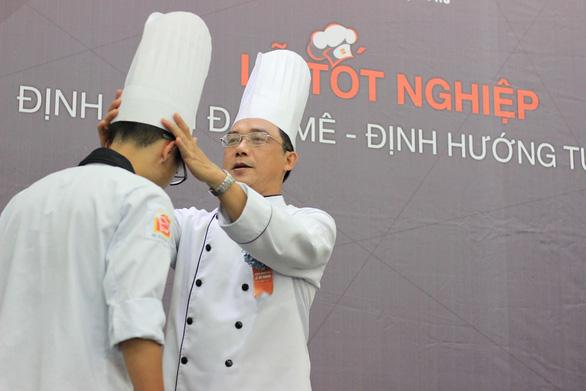 Định hướng cho tương lai nghề bếp trưởng - Ảnh 1.