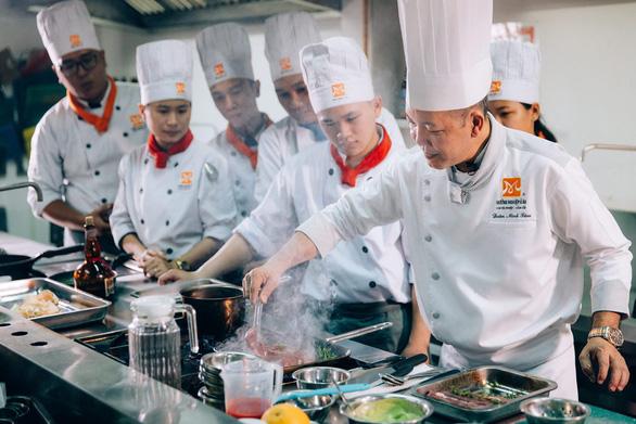Định hướng cho tương lai nghề bếp trưởng - Ảnh 2.