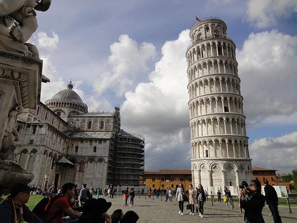 Tour Thụy Sĩ, Ý, Vatican, Hy Lạp - Ảnh 3.