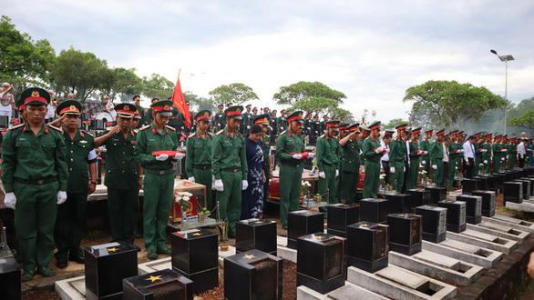 Truy điệu và cải táng hài cốt liệt sĩ quân tình nguyện Việt Nam - Ảnh 4.