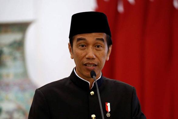 Tổng thống Indonesia làm vlog triệu view khoe thức uống truyền thống - Ảnh 1.