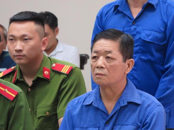 Xử vụ bảo kê chợ Long Biên: Hưng kính bị đề nghị mức án cao nhất đến 5 năm tù - Ảnh 1.