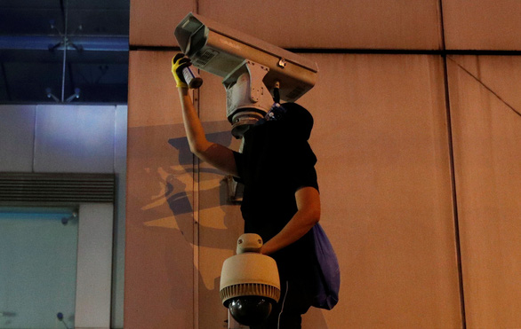 Cảnh sát Hong Kong bác đơn xin biểu tình - Ảnh 2.