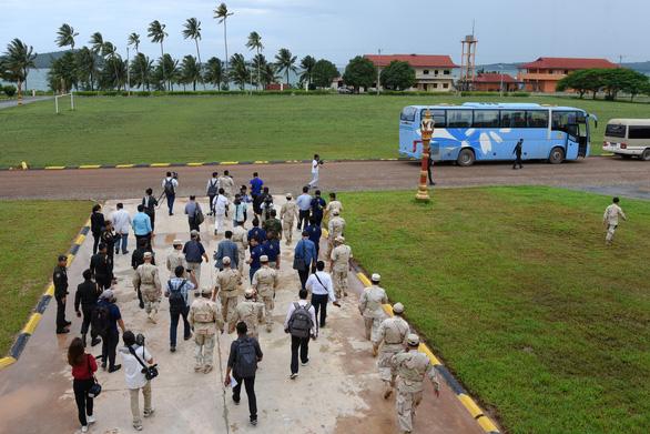 Campuchia mời 80 nhà báo quốc tế thăm tận nơi căn cứ hải quân Ream - Ảnh 3.