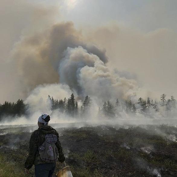 Cực Bắc chìm trong hỏa ngục cấp độ toàn cầu, chuyện gì đang xảy ra? - Ảnh 3.