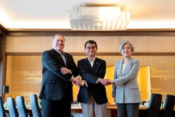 Mỹ tìm cách để Nhật, Hàn thảo luận căng thẳng vào tuần sau - Ảnh 1.