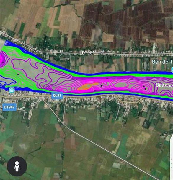 Quốc lộ 91 có nguy cơ rớt xuống sông Hậu - Ảnh 1.