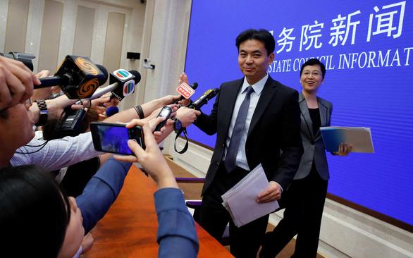 Trung Quốc khẳng định ủng hộ lãnh đạo Hong Kong - Ảnh 1.