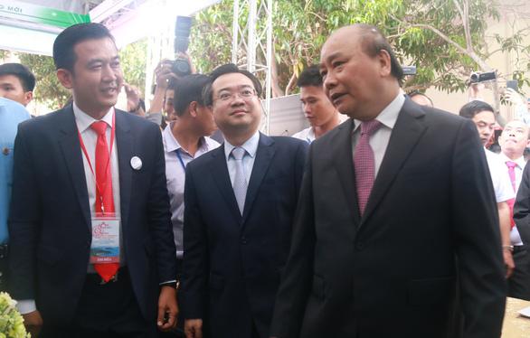 Thủ tướng Nguyễn Xuân Phúc: Phú Quốc cần thu hút nhà đầu tư có tiềm lực mạnh - Ảnh 1.